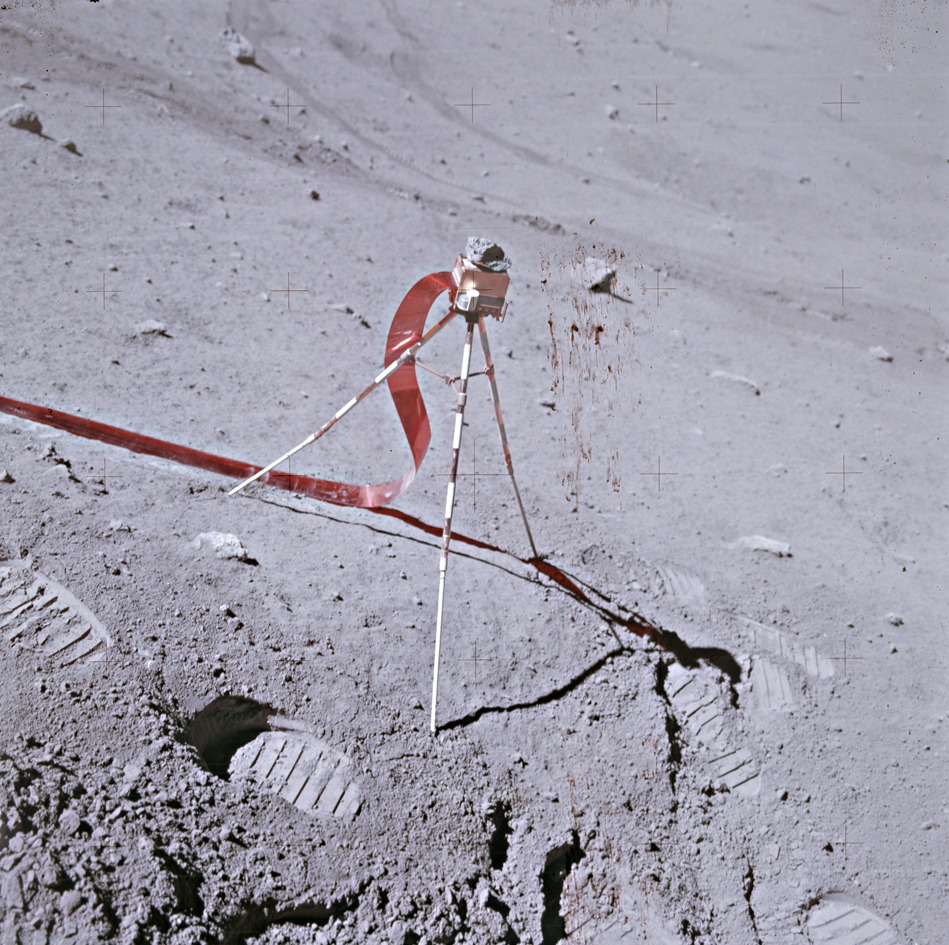 Apollo 16 portable magnetometer
