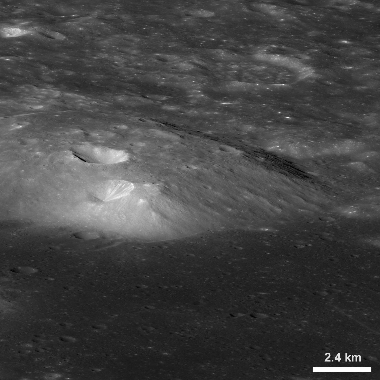 big sale 6e291 1c2af From a new LROC Narrow Angle Camera (NAC) mosaic M1106087898LR, LRO orbit  15300, October 28, 2012  ...