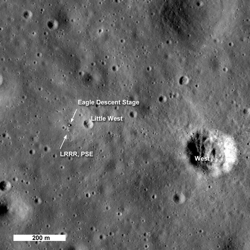 Annotierte Aufnahme der Apollo-11-Landestelle, Quelle: NASA